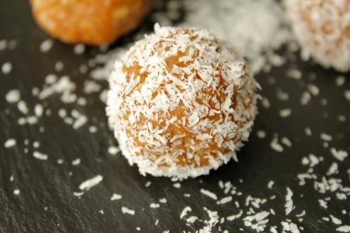 No-Bake Pumpkin Spice Cookie Bites