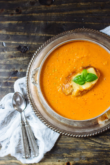 Recipe Friday: Roasted Tomato & Garlic Soup